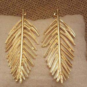 Jewelry - Vintage Style Metal Leaf Earrings